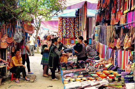 Bac Ha & Coc Ly special market & boat trip 4 days