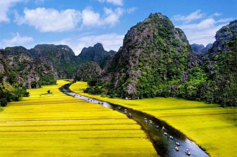 Cycling tour to Ninh Binh Ha Long on the lands 2 days
