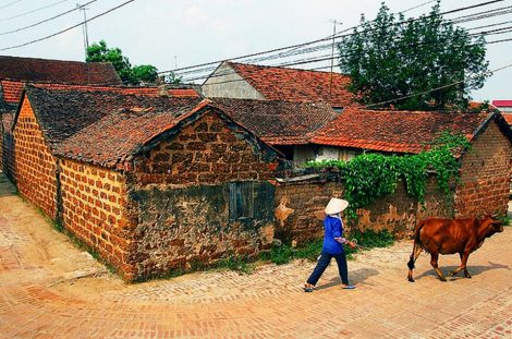 Duong Lam Ancient Village (Daily departure – 1 day tour)